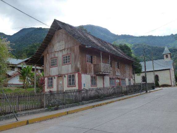 Pozuzo - ein Tiroler Dorf im Dschungel
