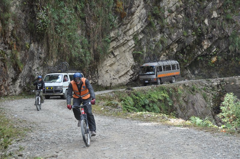 yungas-road-17