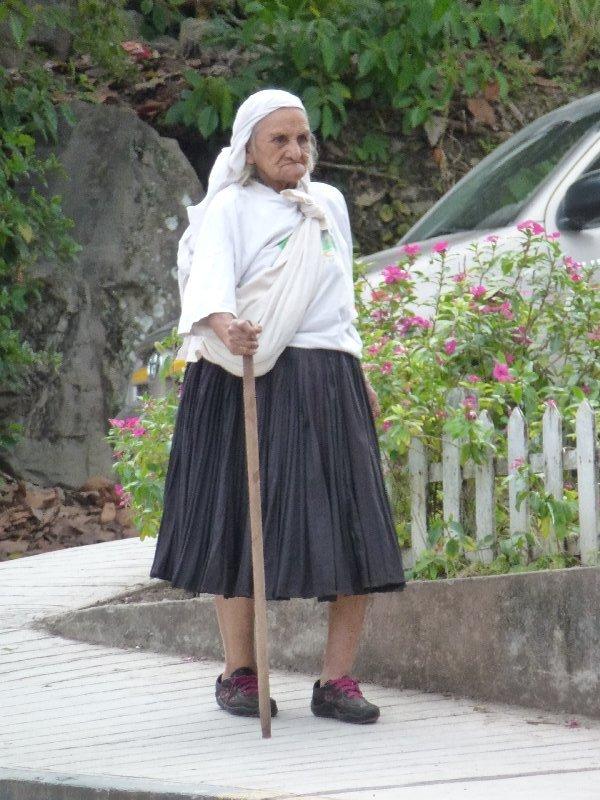 pozuzo-alte Frau