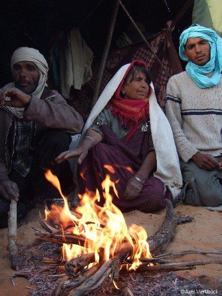 Nomaden am Feuer