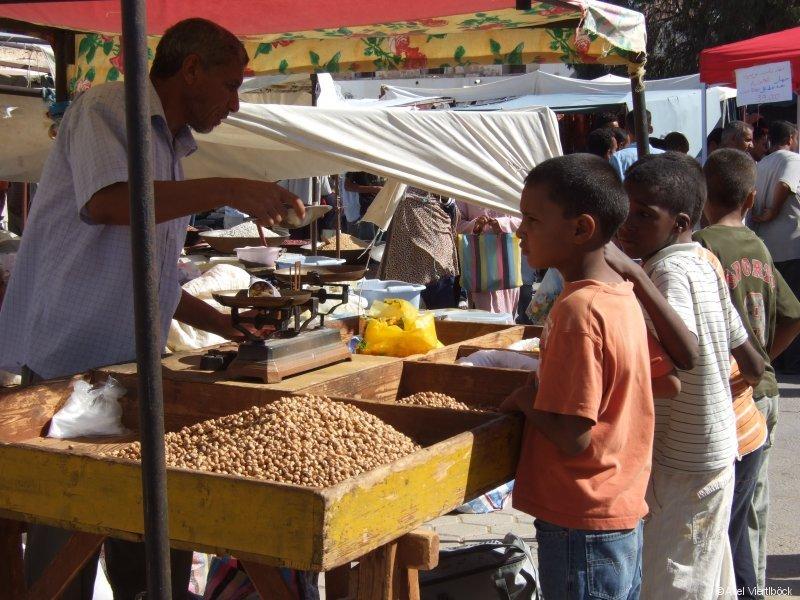 Markttreiben in Douz