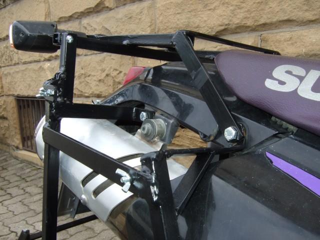 motorrad sitzbank selber bauen cafe racer sitzbank selber bauen motorrad bild idee sitzbank. Black Bedroom Furniture Sets. Home Design Ideas