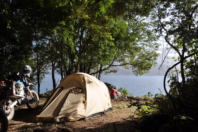 Zelten am Lago Rinihue