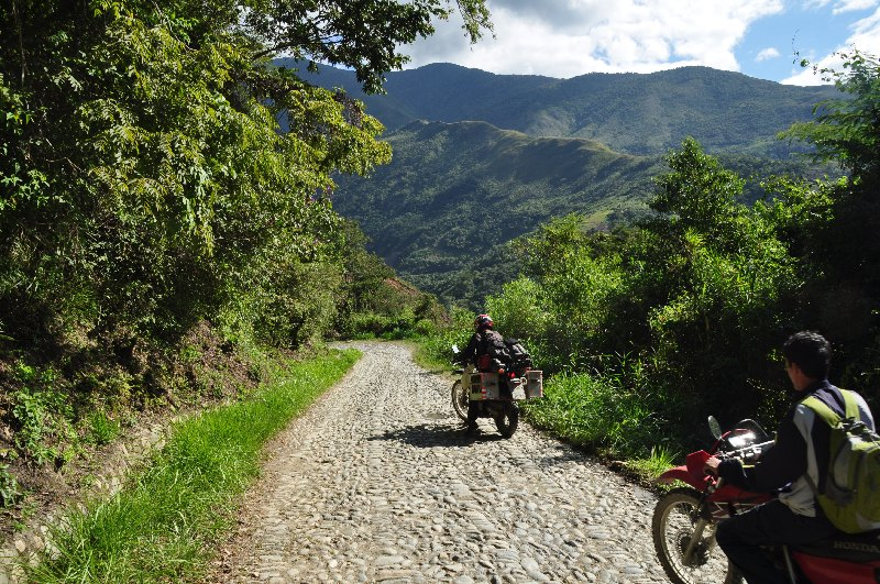 yungas-road-08