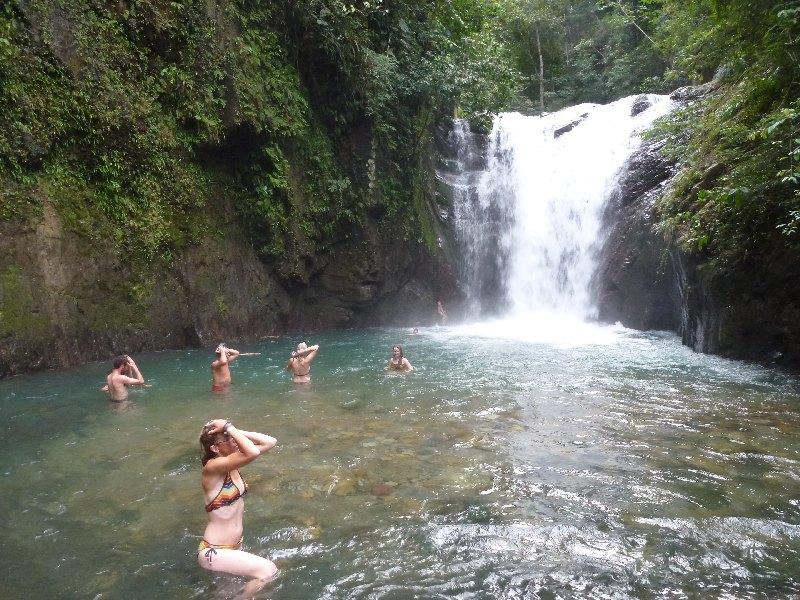 Wasserfall zum Baden
