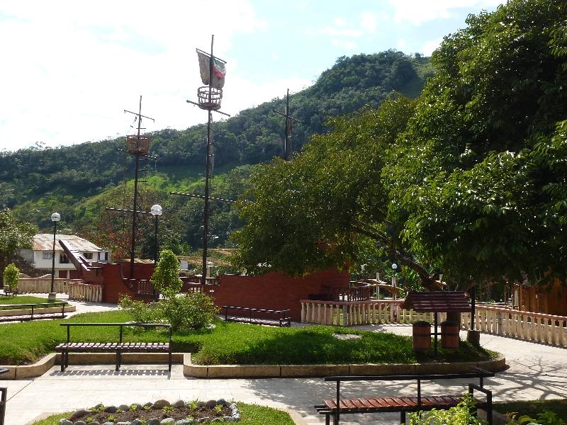 pozuzo-Plaza