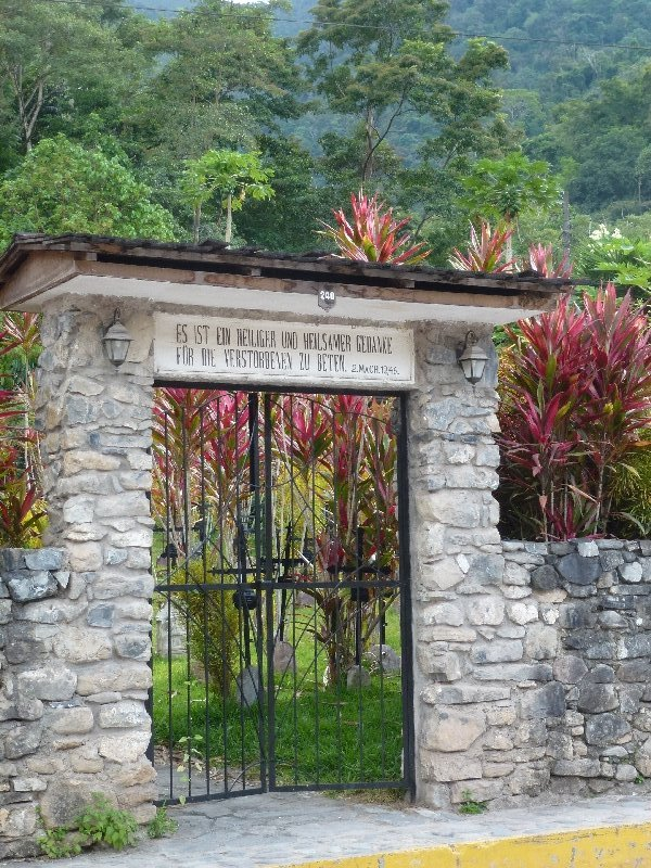 pozuzo-Friedhof